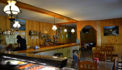 bar-restaurante-2-420x240