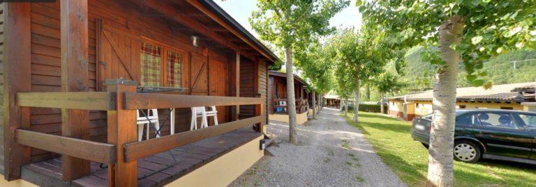 bungalows1-2-1400x491