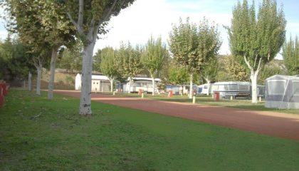 dos-bous-parecela-camping-benabarre-montrebei-420x240