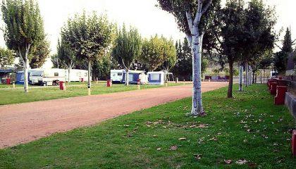 parcela-dosbous-camping-73-420x240