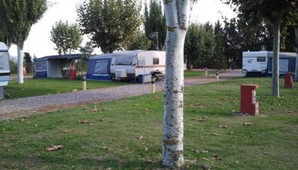 parcelasanmedardo-camping-benabarre-montrebei-420x240